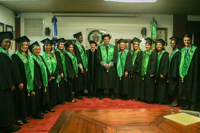 La Universidad Central del Este entrega Honoris Causa al SR. Thomas C. McDonald
